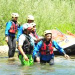 Carla attraversa il fiume